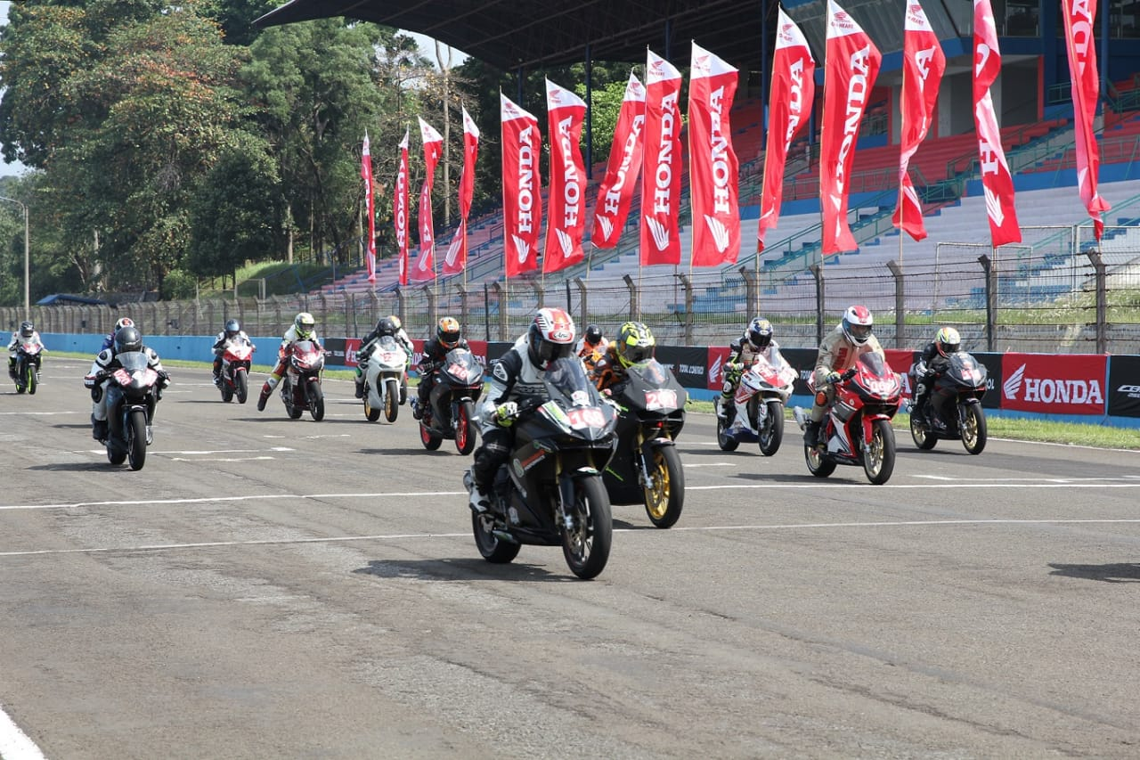 Indonesia CBR Raceday Sentul Start
