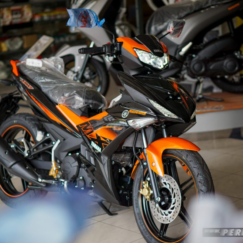 Kanan Yamaha MX KING Samping