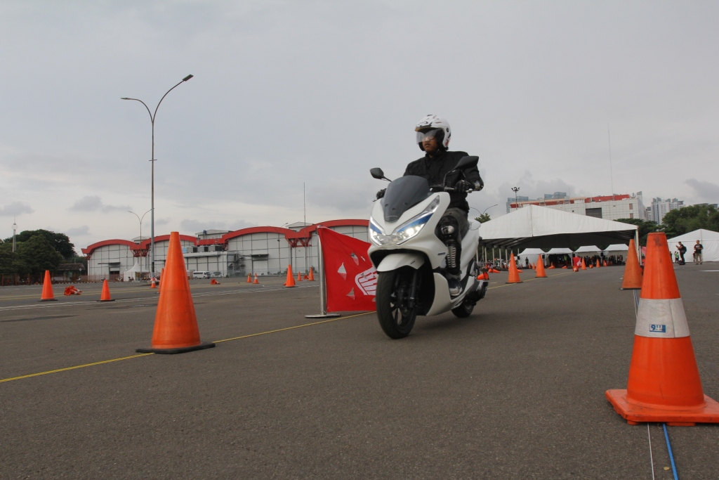 Testride Honda PCX Electric Indonesia