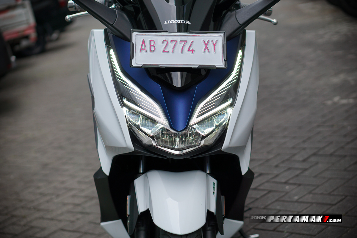 DRL Honda Forza 250 Low Beam