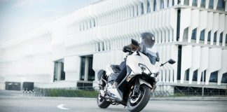 Review Yamaha TMAX DX Versi 2019