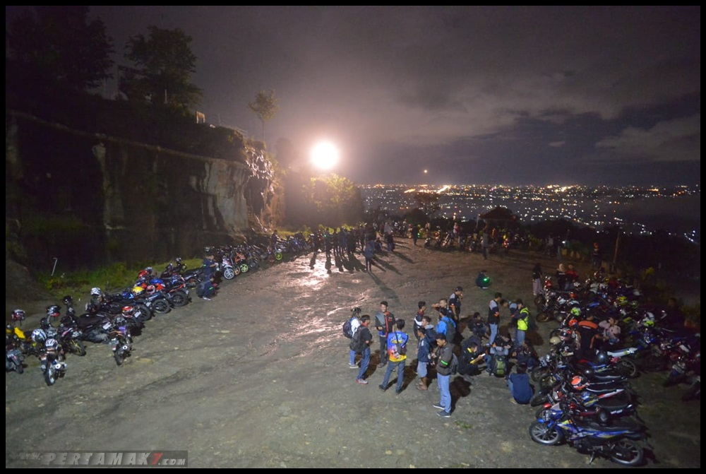 Suzuki Saturday Night Ride Jogja 04 P7
