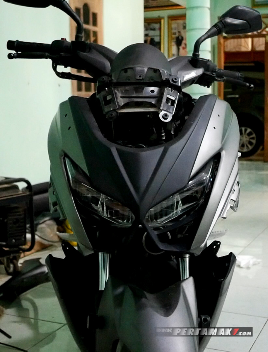 proses Pasang Body Kit Yamaha NMAX Lent Automodified