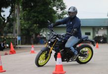 Ayo Latihan Safety Riding Di Yamaha Riding Academy naik mt15