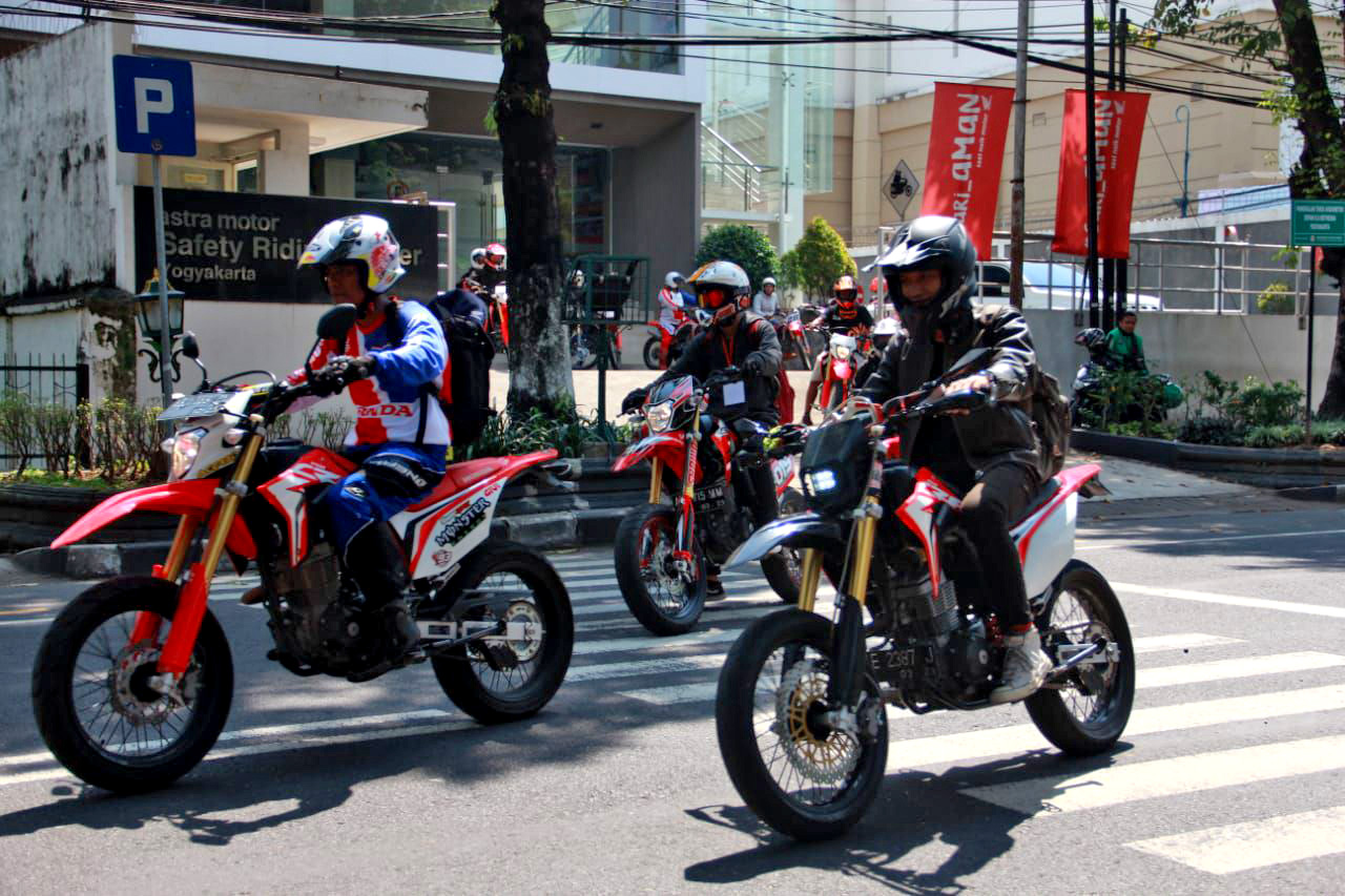 testride Supermoto Street Modification Yogyakarta honda crf150l