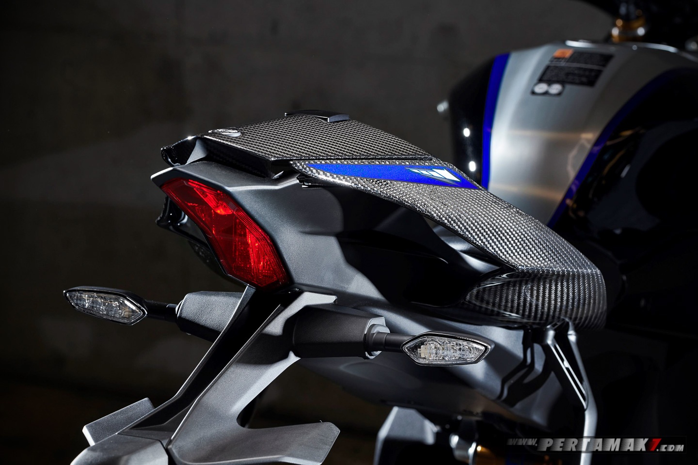 ALL LED LIGHT Yamaha New YZF-R1M MY2020