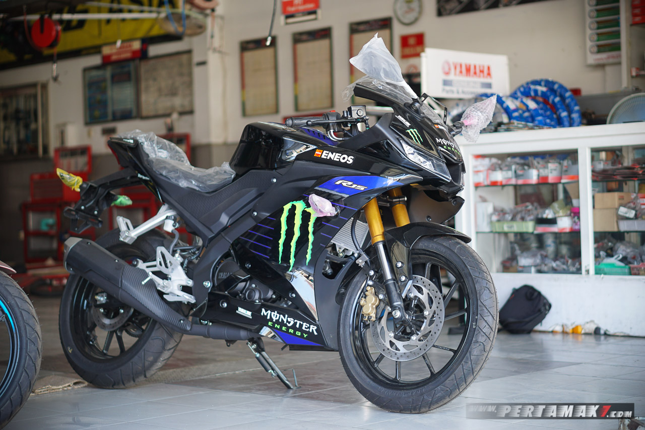Yamaha R15 Monster Energy MotoGP 2019 Wonogiri