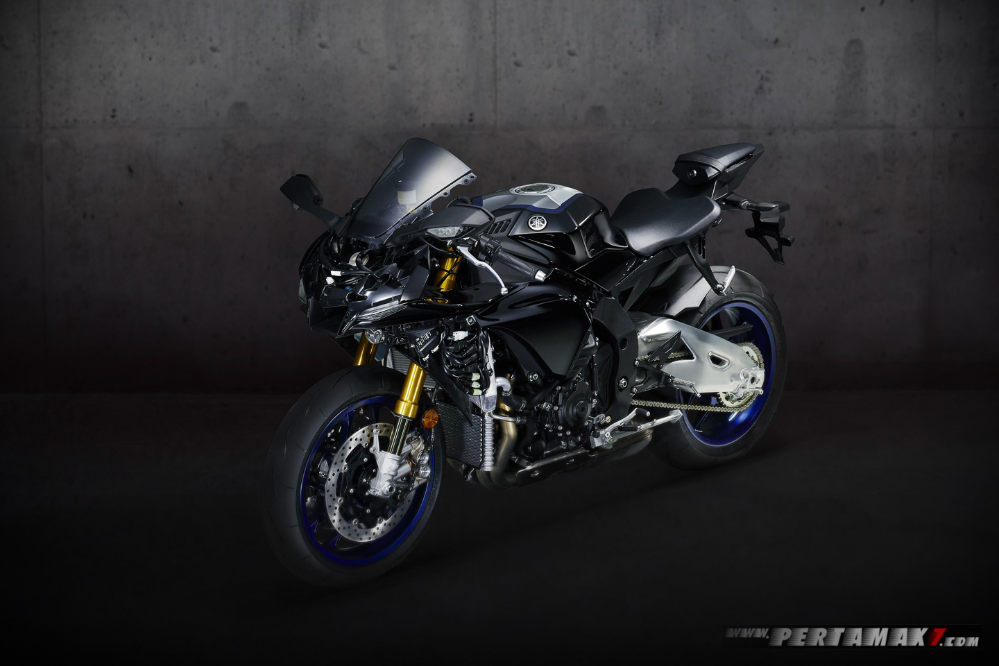 Yamaha YZF-R1M MY2020 Without Carbon Fiber BOdy