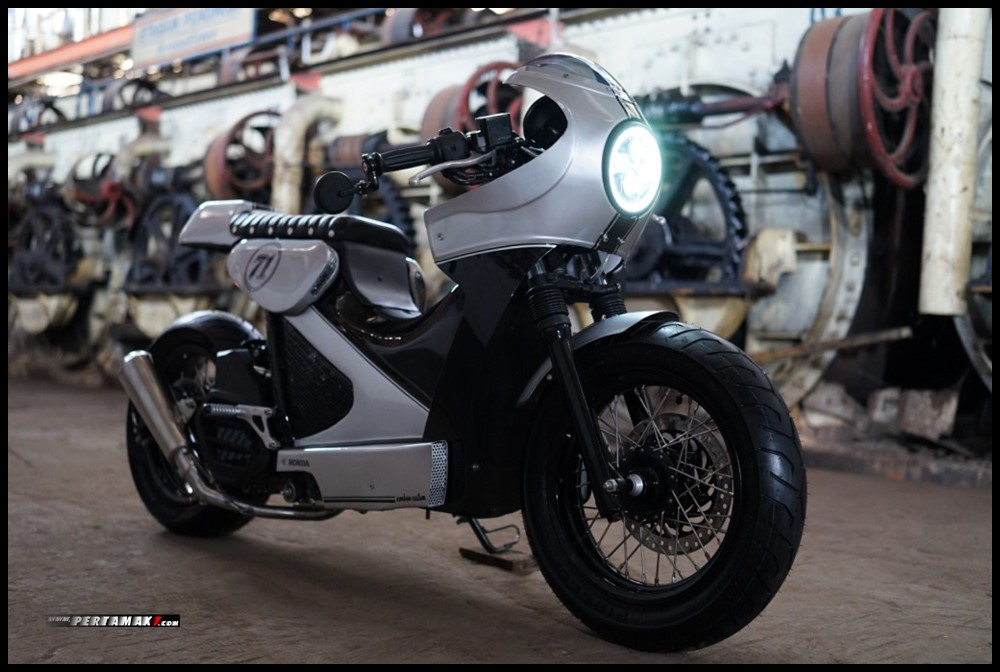 Honda Dream Ride Project 2019 Cafe Racer