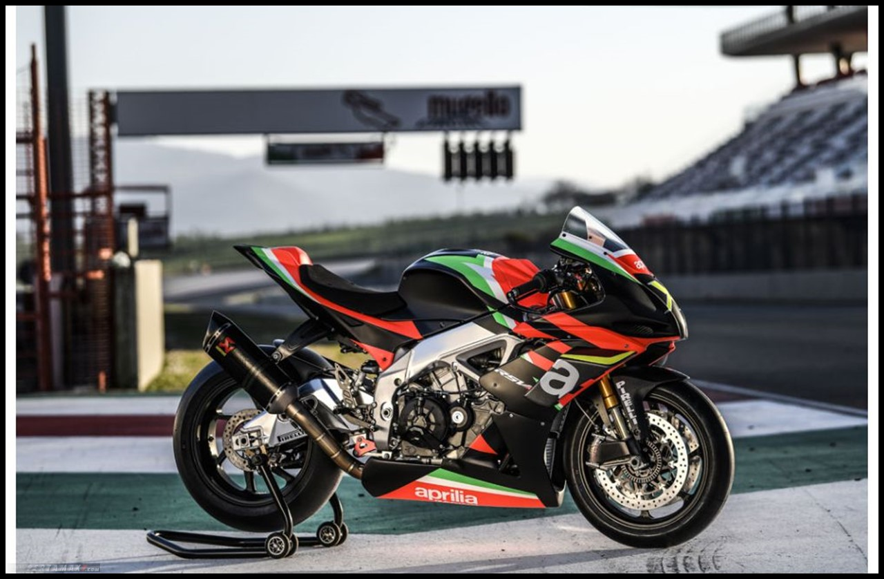 Aprilia RSV4 X racing use only
