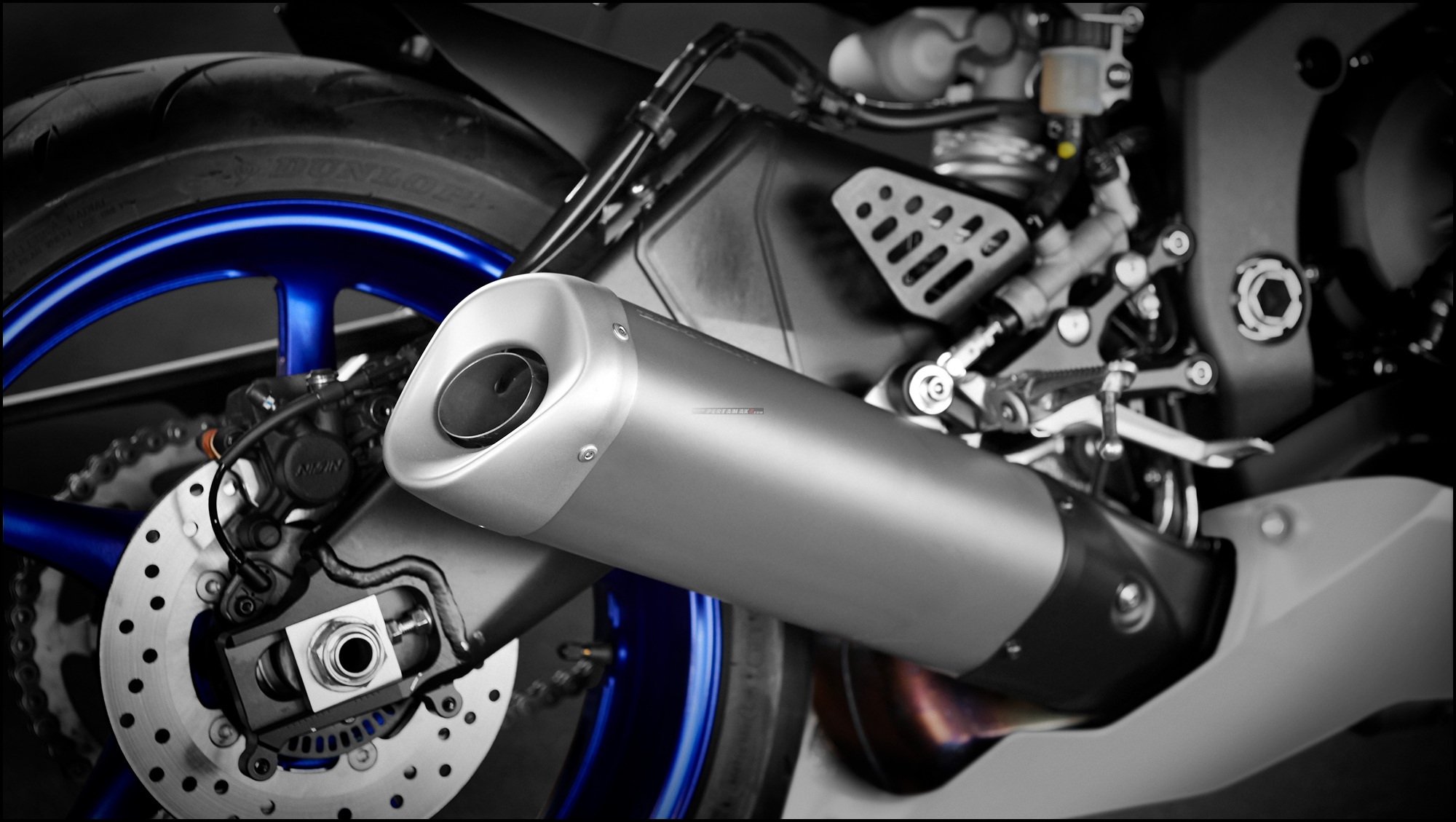 Wallpaper Yamaha R6 Race Base