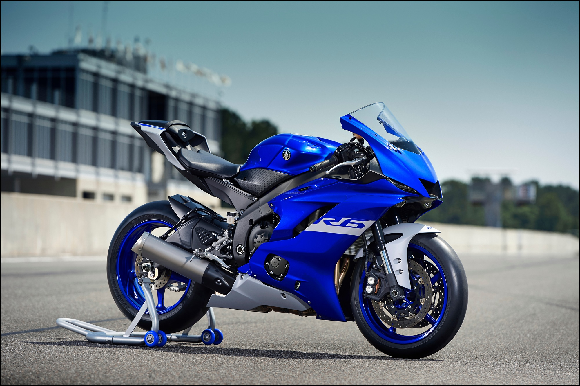 Wallpaper Yamaha R6 Race Base 01 P7